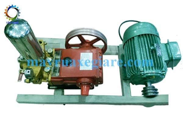 Máy rửa xe máy áp lực cao HL120