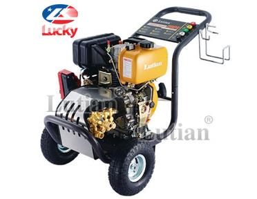Máy rửa xe cao áp chạy dầu Diesel Lutian 7HP