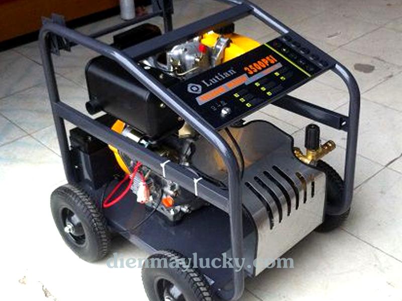 Máy rửa xe ô tô cao áp chạy dầu Diesel Lutian 10HP