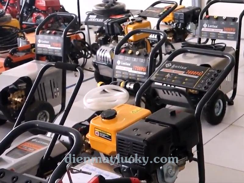 Máy rửa xe cao áp chạy dầu Diesel Lutian 7HP chính hãng