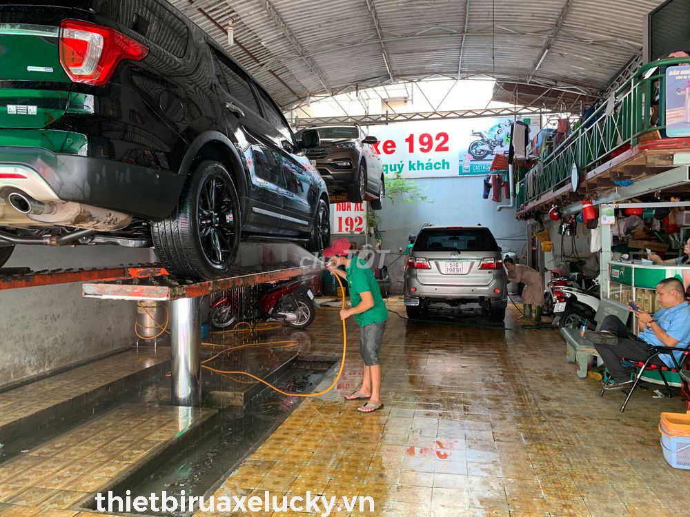 địa điểm rửa xe ô tô tphcm